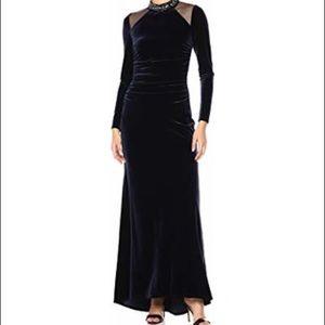 NWT Vince Camuto Velvet Full Length Gown Sz 12